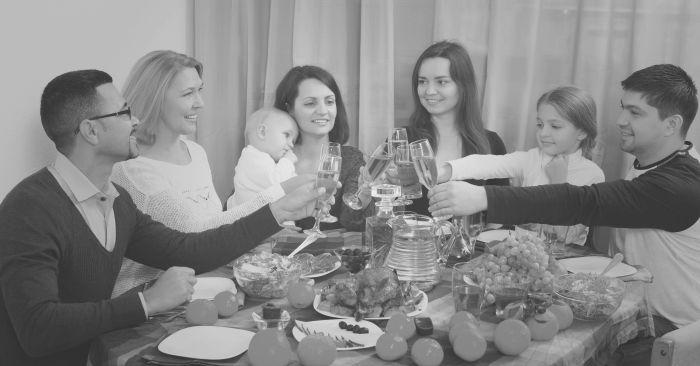 De 'Geesten aan Tafel' van het samengestelde gezin